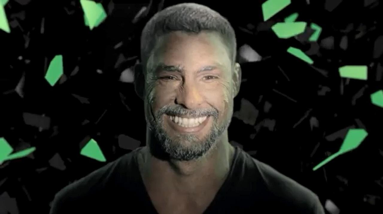 O ator Cauã Reymond em cena de comercial para marca de goma de mascar