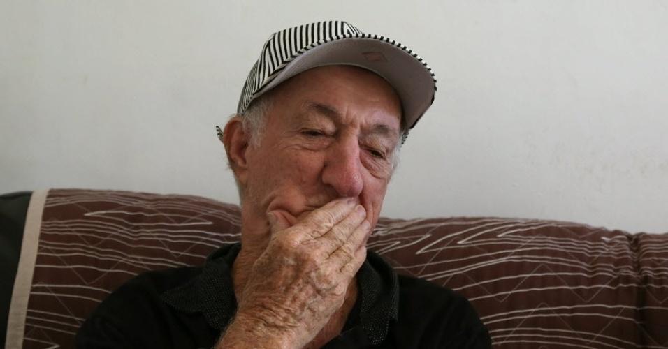 5.jun.2014 - Russo mora em uma casa alugada no bairro de Inhaúma, na zona norte do Rio