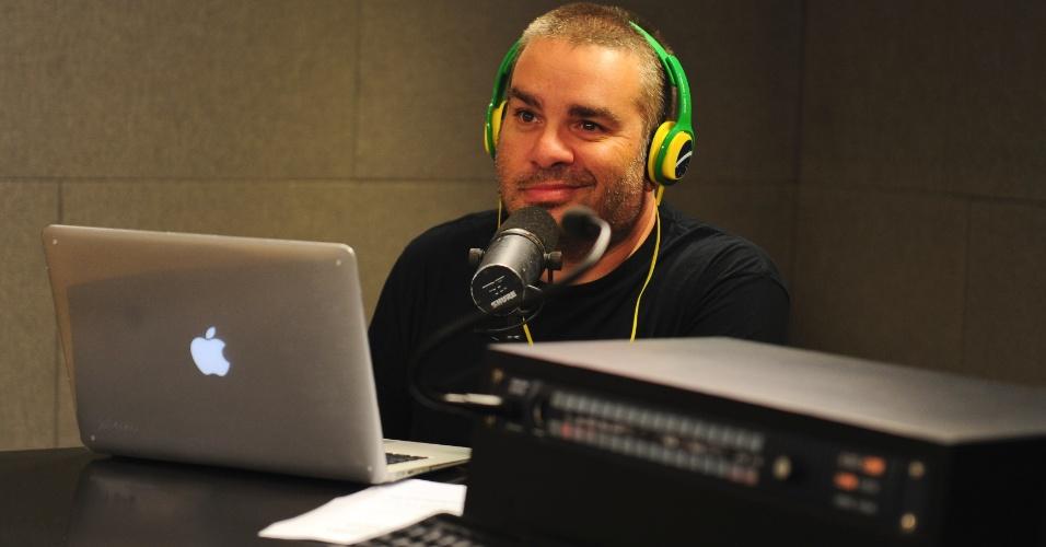 """5.jun.2014 - O humorista do """"Pânico"""", Marcos Chiesa, conhecido como Bola"""