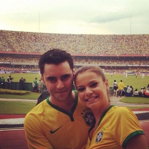 6.jun.2014 - Acompanhada, Milena Toscano vai ao Morumbi assistir ao jogo do Brasil
