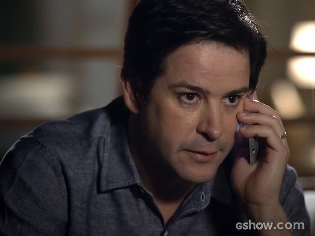Jonas fala com Murphy e fica tenso ao saber que Pamela está arrasada