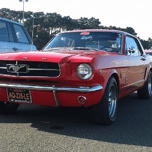 Ford Mustang dos anos 1960 nas 24 Horas de Le Mans - Leonardo Felix/UOL