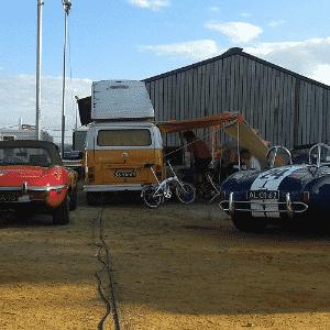 Jaguar E-Type, Volkswagen Kombi e Shelby Cobra nas 24 Horas de Le Mans - Leonardo Felix/UOL