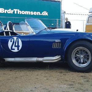 Réplica de um Shelby Cobra nas 24 Horas de Le Mans - Leonardo Felix/UOL
