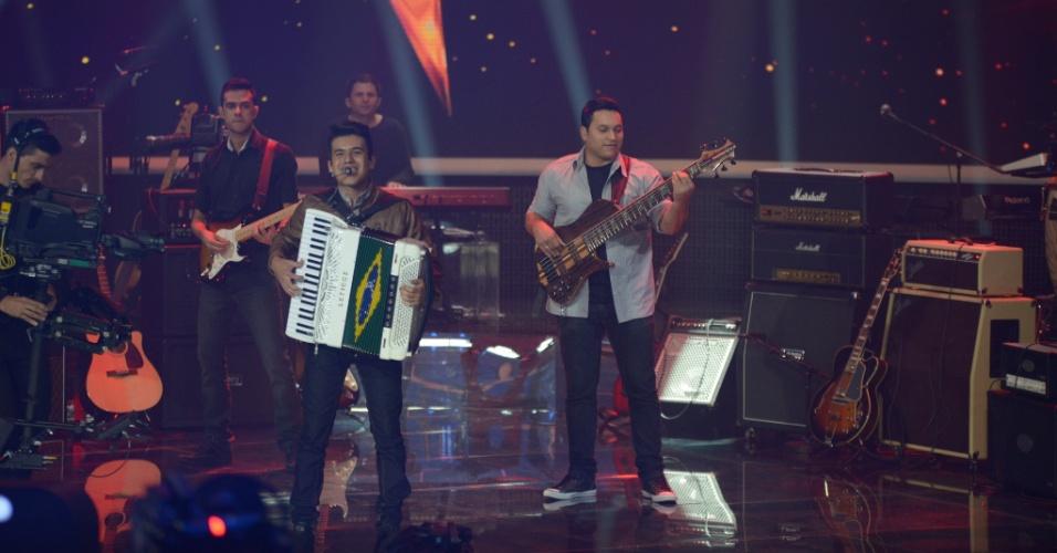 "15.jun.2014 - Luan e Forró Estilizado teve 76% dos votos do público do ""SuperStar"" e é uma das sete finalistas do programa"