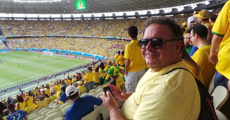 17.jun.2014 - Leo Jaime assiste ao jogo do Brasil na Arena Castelão, em Fortaleza