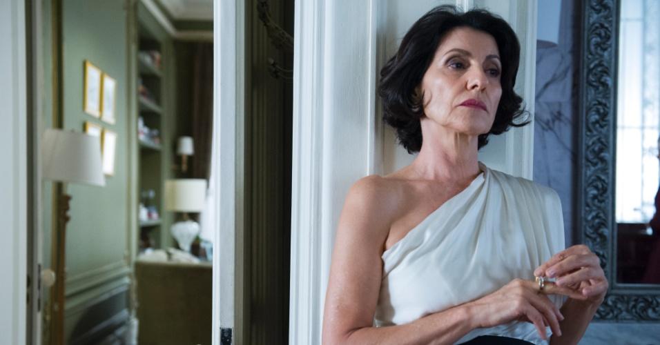 """Gilda Rezende (Cassia Kis Magro) é advogada da empreiteira Angela Mahler (Patricia Pillar) na novela """"O Rebu"""""""
