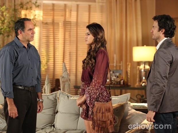 Virgílio recebe Luiza e Laerte em sua casa