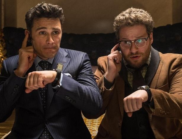"""James Franco e Seth Rogen em cena de """"The Interview"""" - Divulgação"""