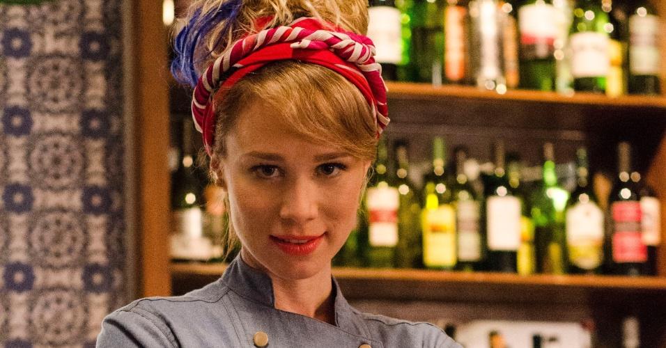 """Jun.2014 - Mariana Ximenes faz participação especial em """"A Grande Família"""" como a chef de cozinha Lola"""