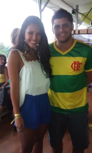 23.jun.2014 - Os atores Yanna Lavigne e Bruno Gissoni vão a uma festa  para assistir ao jogo do Brasil no Terraço Lagoa, na zona sul do Rio