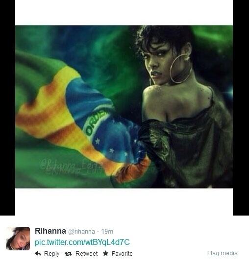 23.jun.2014 - Rihanna também postou uma montagem com a bandeira do Brasil durante o jogo da seleção contra Camarões