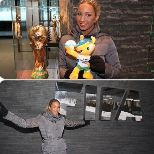 23.jun.2014 - Valesca Popozuda postou foto ao lado da taça original da Copa do Mundo, na Fifa
