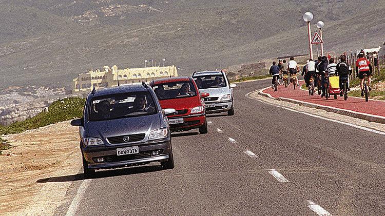 Chevrolet Zafira 2001 - Divulgação - Divulgação
