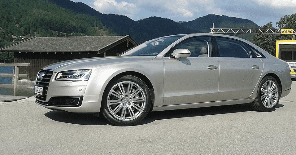 Audi A8L 4.0 TFSI - Leonardo Felix/UOL