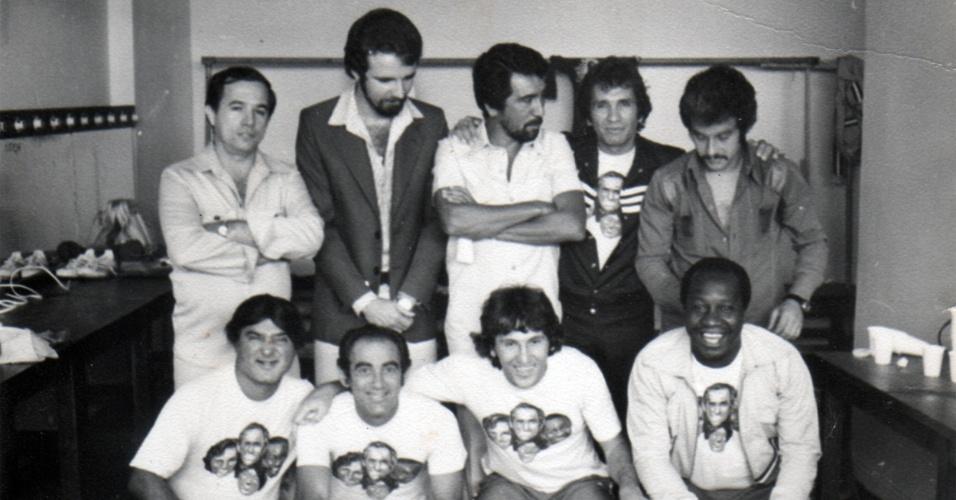 Mussum e os Trapalhões posam com Zico no México nos anos 1970