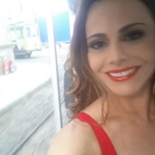 """27.jun.2014 - Viviane Araujo divulgou foto caracterizada como sua personagem na novala """"Império""""."""