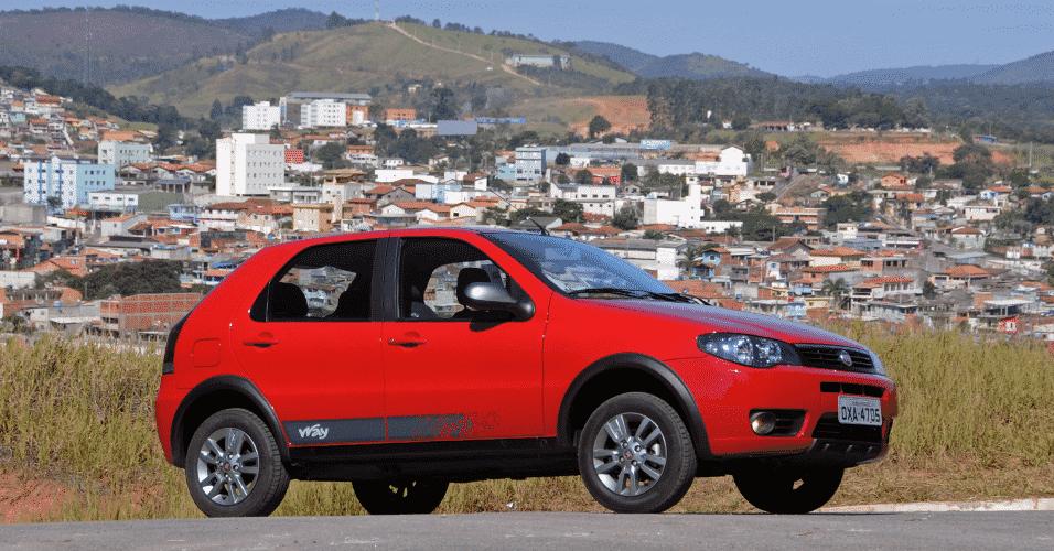 Fiat Palio Fire Way 1.0 Flex 2015 4 Portas - Murilo Góes/UOL