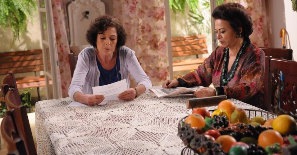 "Manoelita Lustosa (à direita) era Terezinha em ""Dona Xepa"", da Record, sua última novela"