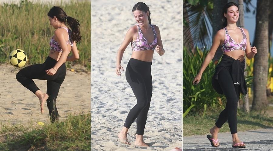 2.jul.2014 - Isis Valverde se exercita na areia da praia da Barra