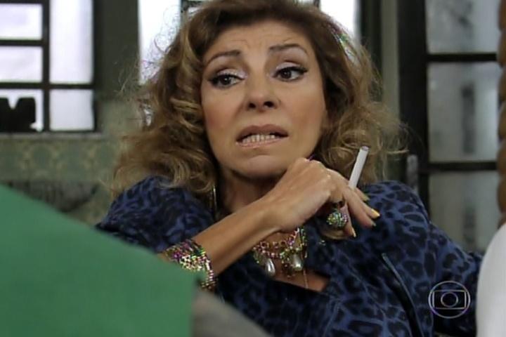 """2.jul.2014 - Marília Pêra voltou ao """"Pé na Cova"""" no episódio exibido na noite desta terça-feira (1) sem grandes alardes"""