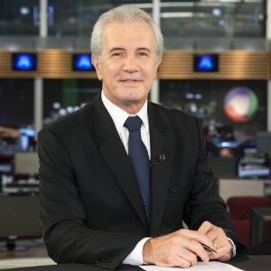 Celso Freitas renovou contrato com a Record