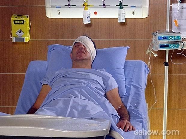 Virgílio se recupera da operação