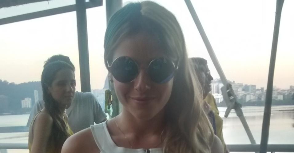 4.jul.2014 - A atriz Monique Alfradique viu o jogo de Brasil e Colômbia na festa que aconteceu no Terraço Lagoa no Rio