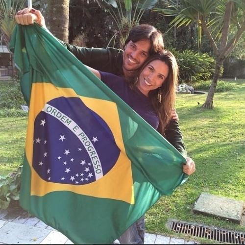4.jul.2014 - Patrícia Abravanel aposta 2x1 para o Brasil contra a Colômbia
