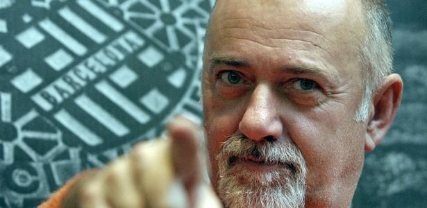 Artista popular na Itália, Giorgio Faletti lançou discos, livros e se aventurou no humor - EFE