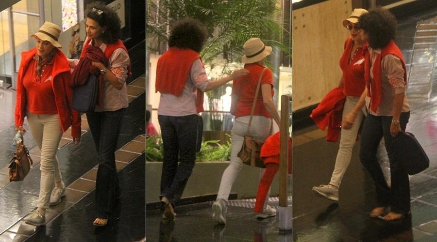 5.jul.2014 - Christiane Torloni e Simone vão ao cinema no Rio