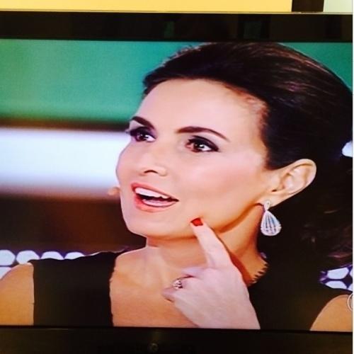 """7.jul.2014 - Angélica homenageia Fátima Bernardes no Instagram: """"Parabéns querida amiga Fátima Bernardes!!! 2 anos do seu sonho"""""""