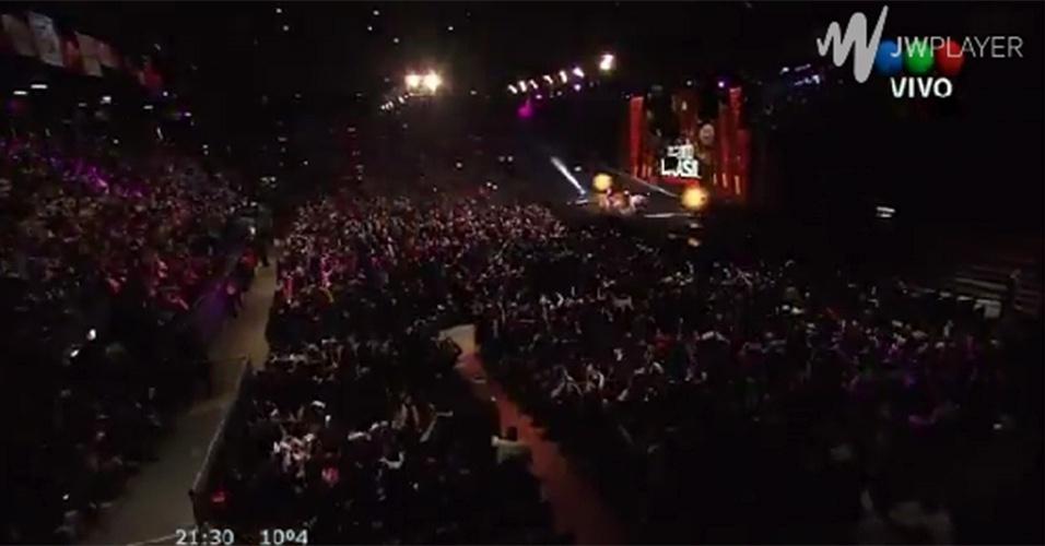 """7.jul.2014 - A casa de show Luna Park, em Buenos Aires, na Argentina, ficou lotado para acompanhar o último capítulo de """"Avenida Brasil"""""""