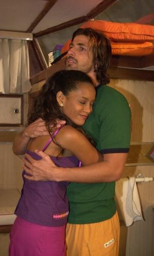 """Taís Araújo viveu Preta, que era apaixonada por Paco  (Reynaldo Gianecchini) em """"Da Cor do Pecado"""""""
