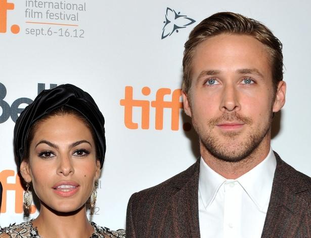 Eva Mendes e Ryan Gosling deram as boas-vindas a uma menina