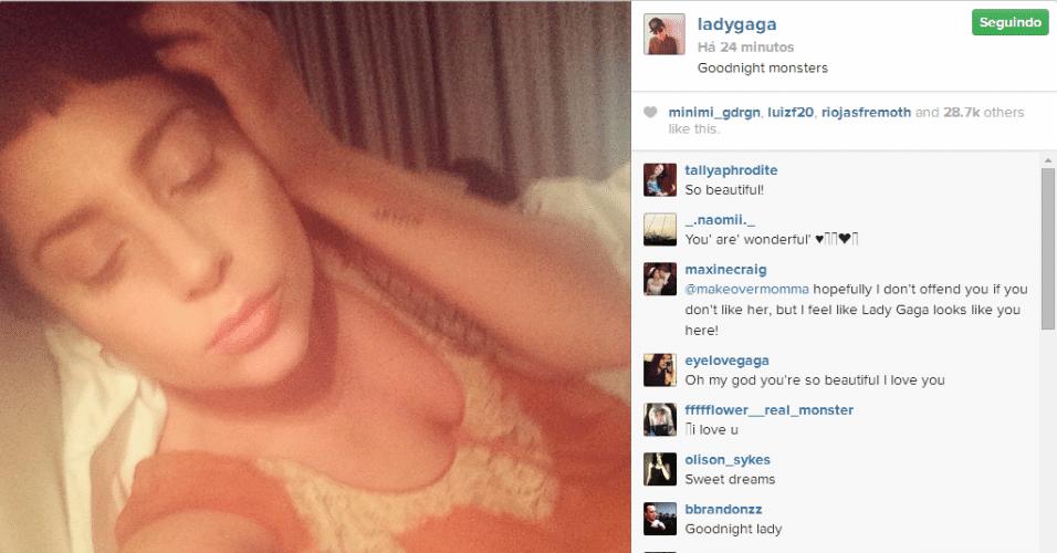9.jul.2014 - Lady Gaga se despede de seus seguidores do Instagram vestido um figurino bem