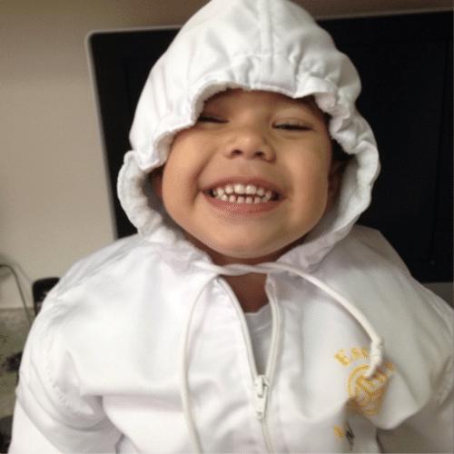 9.jul.2014 - O empresário Marcus Buaiz postou uma foto do filho, José Marcus, de dois anos, todo orgulhoso. O menino sorridente é o filho primogênito do casamento com a cantora Wanessa
