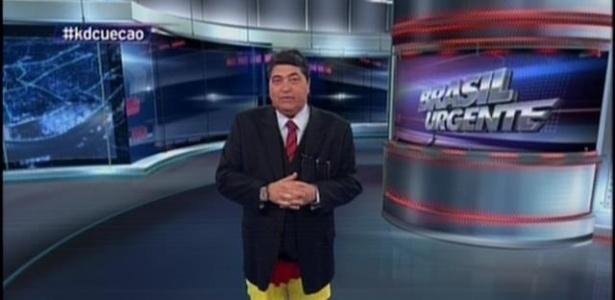 Na quinta-feira, Datena cumpriu promessa de apresentar programa de cueca caso Brasil perdesse a Copa