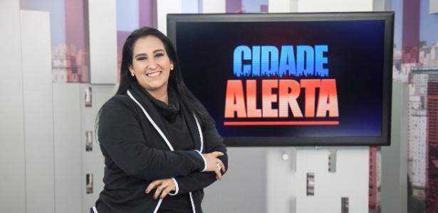 """Fabíola comanda o """"Cidade Alerta"""" aos sábados na Record"""
