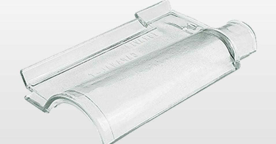 Da marca Ibravir, a telha de vidro do modelo Capanal mede 40 cm por 21,5 cm e está à venda na Casa Show (11 4020-9724), por R$ 47,90 (a unidade) I Preços pesquisados em julho de 2014 e sujeitos a alterações