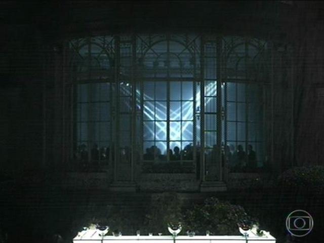 14.jul.2014 - A mega festa acontece na casa da empresária Angela Mahler, dona da empreiteira Mahler Engenharia