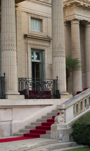 Construído entre 1914 e 1918, o palácio Sans Souci tem como inspiração a arquitetura francesa