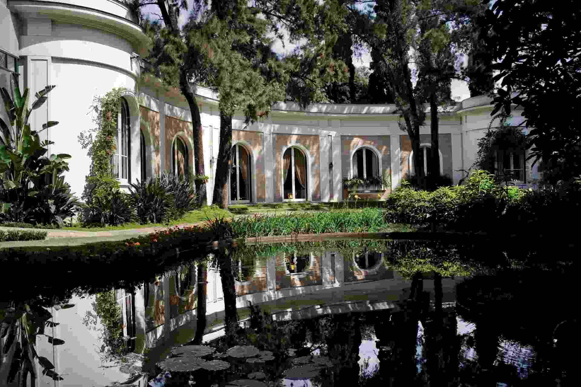 O imóvel sede da Fundação Ema Klabin (www.emaklabin.org.br) no Jardim Europa, em São Paulo, foi projetado e construído pelo engenheiro e arquiteto Alfredo Ernesto Becker, nos anos 1950, para abrigar a coleção reunida por Ema Klabin, filha de imigrantes lituanos - Divulgação