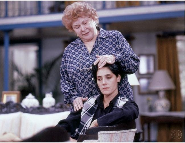 """Yara Cortes e Christiane Torloni em cena de """"A Viagem"""""""
