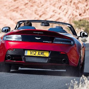 Aston Martin V12 Vantage S Roadster - Divulgação