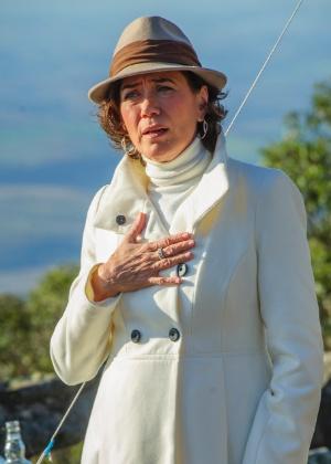 Atriz é Maria Marta Medeiros de Mendonça e Albuquerque na nova trama das nove