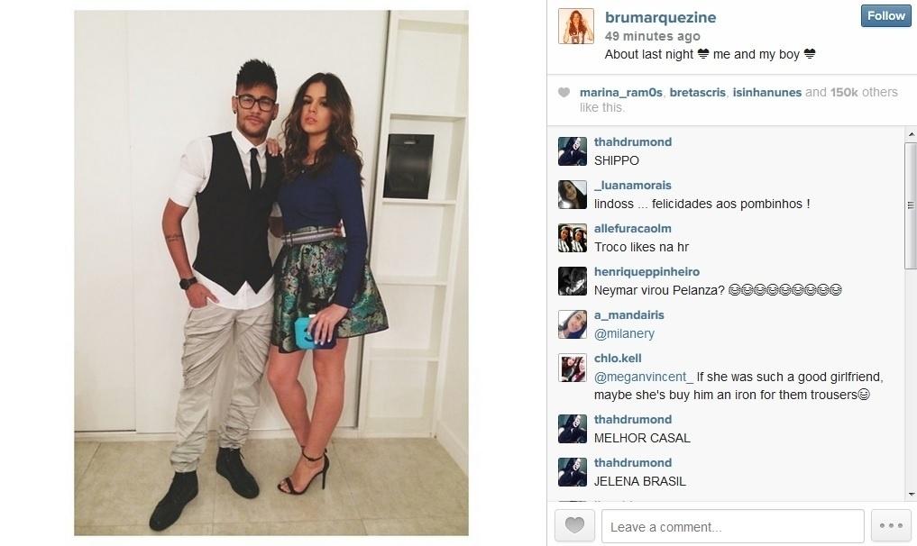 19.jul.2014 - Bruna Marquezine divulgou imagem onde aparece ao lado do namorado, Neymar. O casal assitiu na noite desta sexta (19) ao último capítulo de