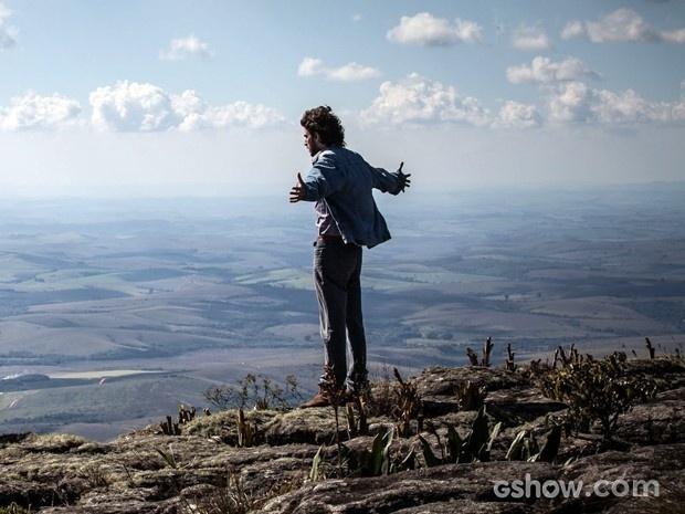 Zé chega ao Monte Roraima e se deslumbra com a paisagem