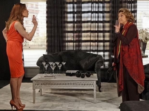 """Tereza Cristina (Christiane Torloni) fez de tudo para manter o segredo em """"Fina Estampa"""""""