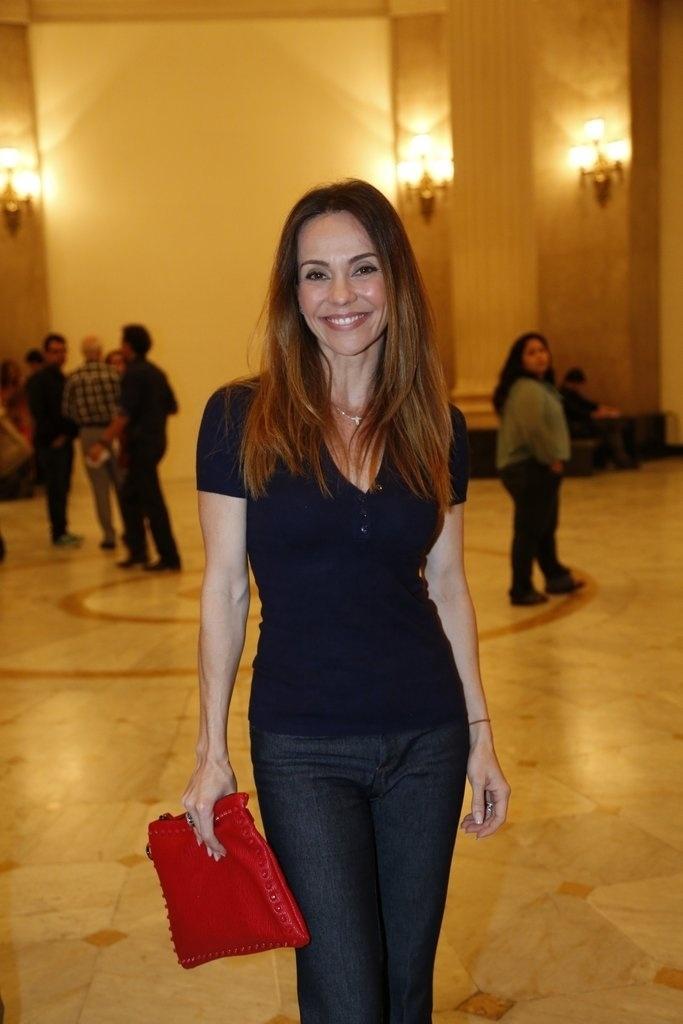 24.jul.2014 - Flavia Monteiro prestigiou a estreia da peça